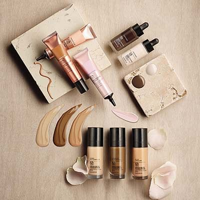 Natural Foundations & Concealers